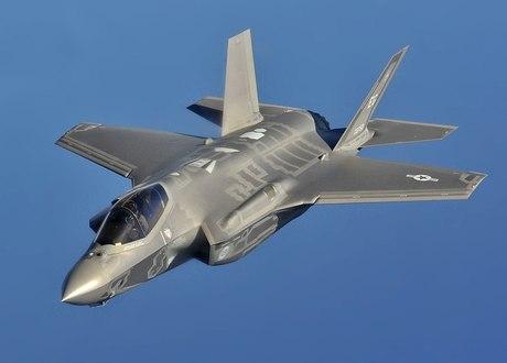 1024px-F-35A_flight_(cropped).jpg