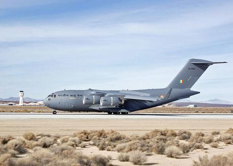 1024px-IAF-C-17.jpg