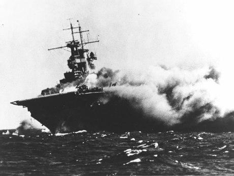 1024px-USS_Wasp_(CV-7)_burning_on_15_September_1942_(80-G-16331).jpg